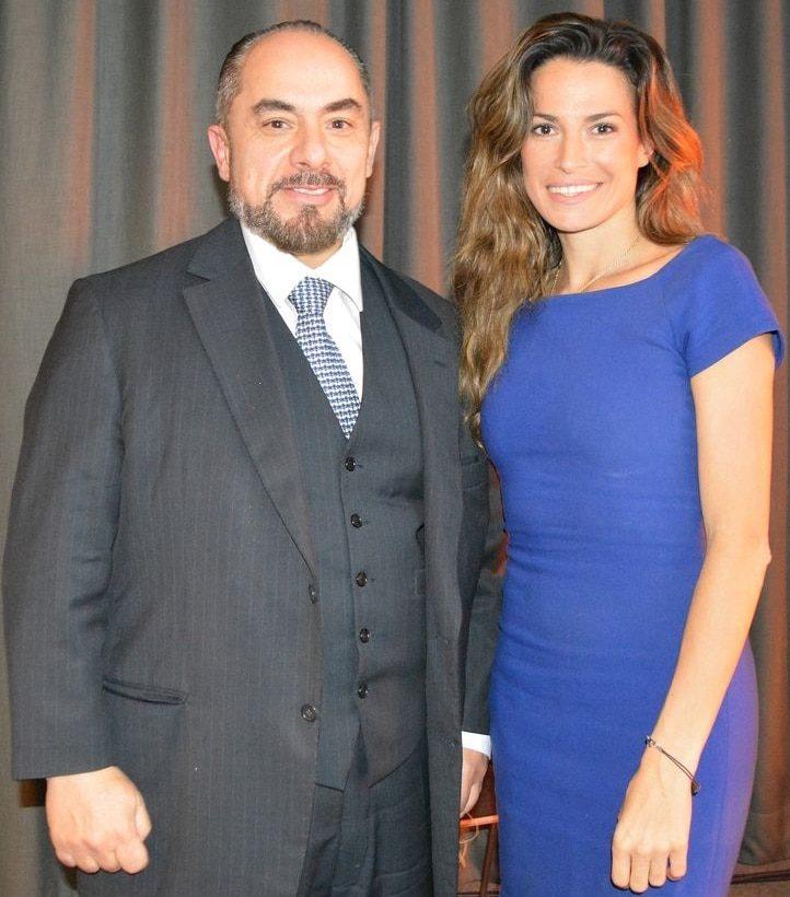 Jo Ankier and the Greek plastic surgeon dr christopoulos - Paris 2020