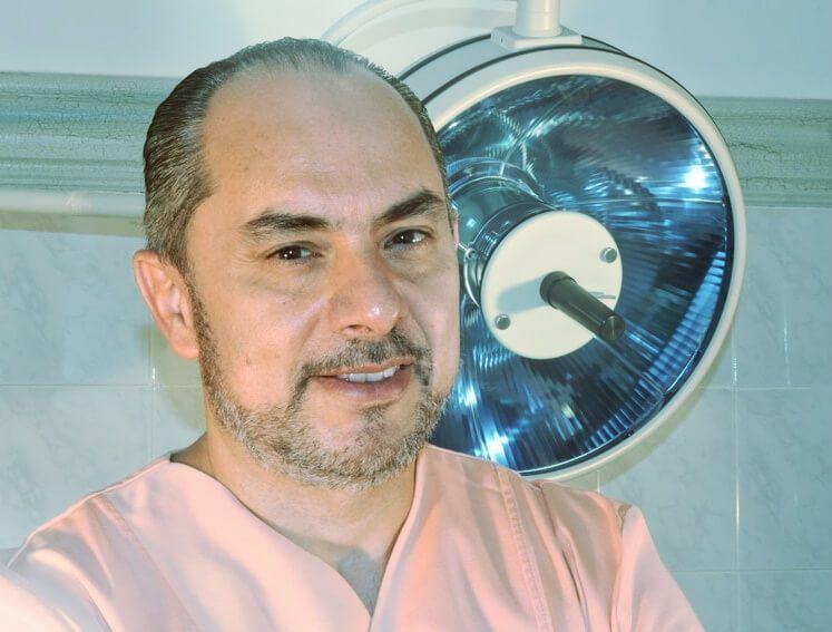 Πλαστικός χειρουργός Αθανάσιος Χριστόπουλος