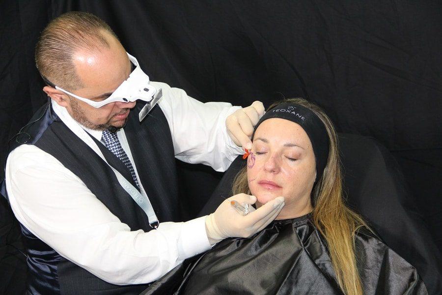 Υαλουρονικό στο πρόσωπο - Πλαστικός χειρουργός